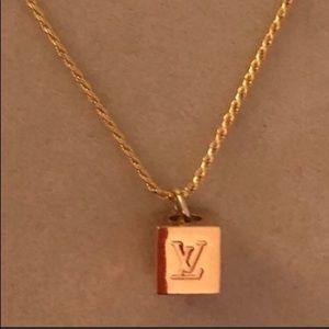 Louis Vuitton Cube Charm w necklace